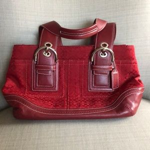 Red Coach purse   Excellent Condition